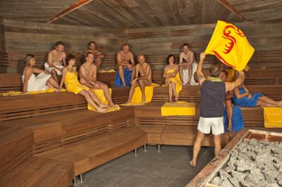 mineraltherme b blingen sauna bericht bilder und bewertung der saunalandschaft. Black Bedroom Furniture Sets. Home Design Ideas